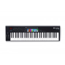 Novation LAUNCHKEY 61 MK2 MK11 61-Key USB/MIDI Controller Keyboard w/16 Pads